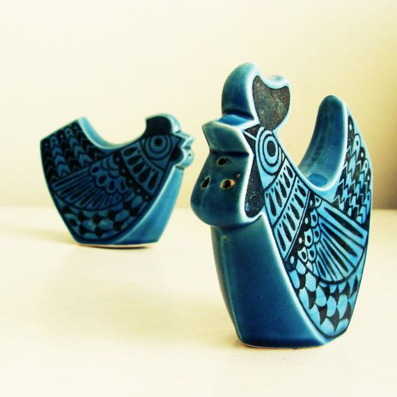 rooster+salt+and+pepper+shakers | mid-century modern blue rooster and chicken salt and pepper shaker set