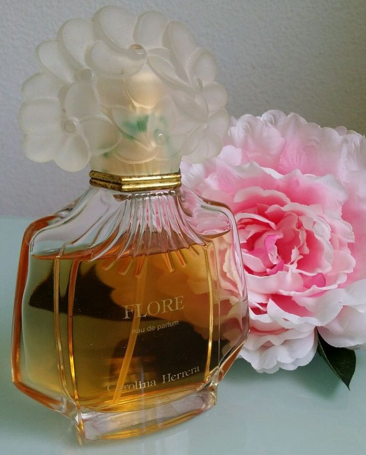 FLORE de CAROLINA HERRERA eau de Parfum ancienne version flacon 100ml occasion