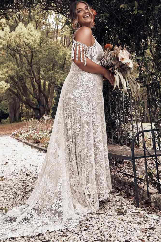 Plus Size Wedding Dresses For The Most Beautiful And Curvy Brides Plus Size Wedding Guest Dresses Plus Wedding Dresses Boho Wedding Dress Bohemian