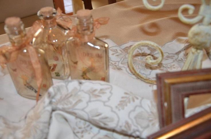 Vintage Table Décor  / 48