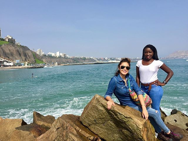 Liming in LIMA with @marisol_alcocer a beautiful day for a stroll on the pebble beaches of Lima's Miraflores malecon. #travelling #travelinsta #peopleyoumeet #nofilter #malecon #pebblebeach #montereylocals #pebblebeachlocals - posted by Nets Ai https://www.instagram.com/nets.ai - See more of Pebble Beach at http://pebblebeachlocals.com/