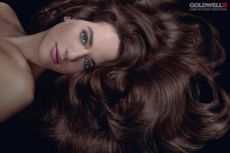 l primo trattamento sul mercato alla cheratina, completamente personalizzabile sulla base delle diverse esigenze dei capelli della cliente.  Per una trasformazione straordinaria.  Solo nei migliori saloni Goldwell.  Una #trasformazionestraordinaria  From #frustrated to #faboulus