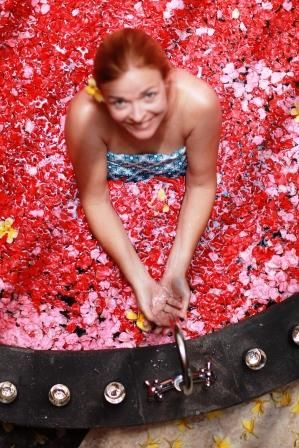 Flower bath for you at Aroma Spa Retreat Bali