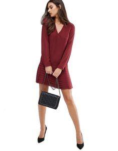 Офисное платье - Короткое бордовое платье с плиссировкой Sisley