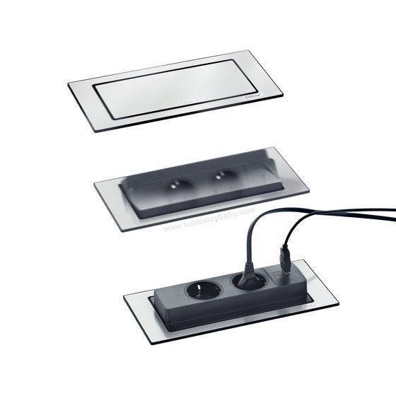 2 enchufes + 1 cargador USB de encastre