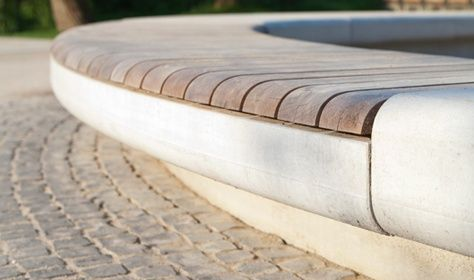 Great edge detail on this outdoor bench by Kortemeier Brokmann Landschaftsarchitekten. Click image for source & visit our Street Furniture board >> http://www.pinterest.com/slowottawa/street-furniture/