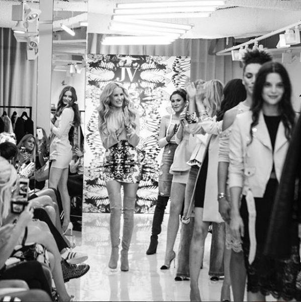 JOSH V | Fashion Show | Spring/Summer '17 https://joshv.com/eu?utm_source=pinterest&utm_medium=social #JOSHV #Fashion #Fashionshow #Show #Spring #Summer