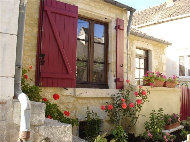 VRBO.com #332607 - Quaint Stone Cottage in a Medieval Village on the Loire!