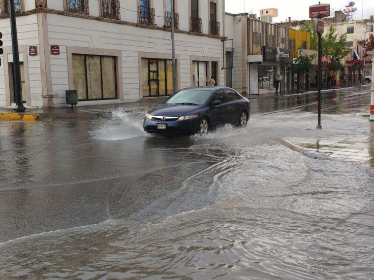 <p>Chihuahua, Chih.- Desde temprana hora comenzaron las lluvias este miércoles, tal como fue pronosticado por el Servicio Meteorológico Nacional