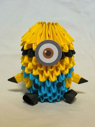 3D Origami Despicable Me Minion!!!!!!! Took about 2.5 hours to make and design I used about 200 pieces and glued on a separate eye and buttons. EDIT: Just checked the view thing. I'm pretty close t...
