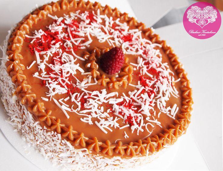 nuestro pastel de arequipe