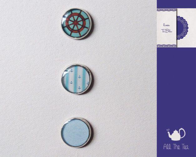 Bottoni in vetro - Set di 3 bottoncini realizzati a mano (12mm) - un prodotto unico di AllTheTea su DaWanda #handmade #jewelry #accesories #DIY #ideas #gifts #vintage #unique #resin #glass #cabochon #buttons #fabric #Sewing #style #indie #hipster #teaparty #tealovers #bottoni #cucito #resina #vetro #stile
