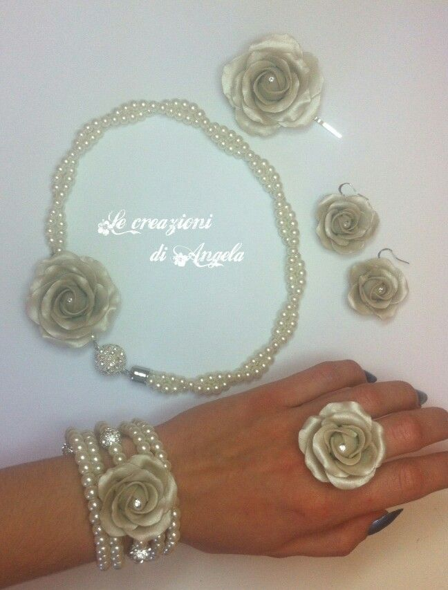 Polymer clay jewerly, elegant pearls and roses