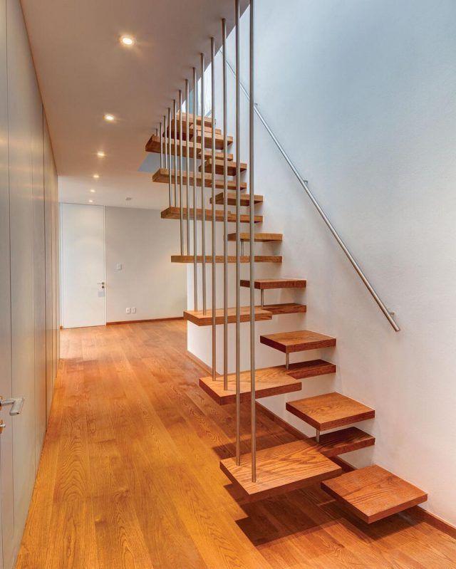 ide tangga kayu minimalis e1471229478591