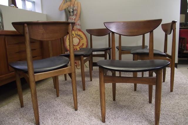 https://i.pinimg.com/736x/78/60/4f/78604fd2d99606ac2e11b8a299e730c1--perception-dining-chairs.jpg
