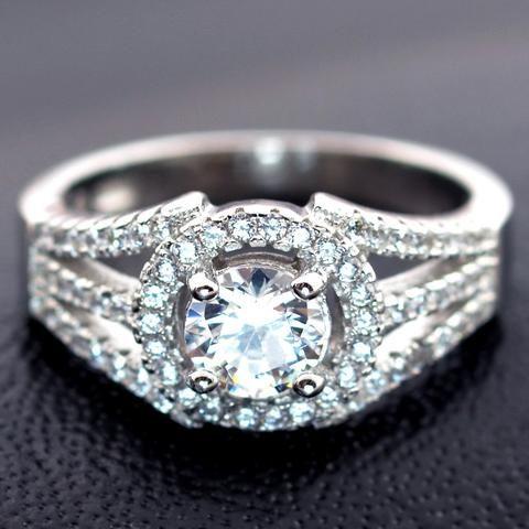 Classic Luxury 3 Carat Cubic Zirconia Ring www.zapppedjewelry.com