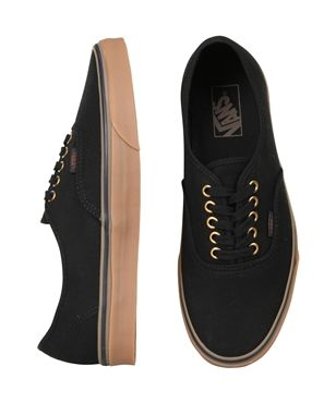 AUTHENTIC (GUMSOLE) BLACK/RUBBER Exclusive to General Pants! Black Vans with the limited edtion gum sole Please remember all Vans comes in mens US sizes. For womens sizing go down 1.5 sizes, for example if you're usually a womens size 9 then you will be a U.S mens size 8. However if you are between sizes then we suggest you round up a size.