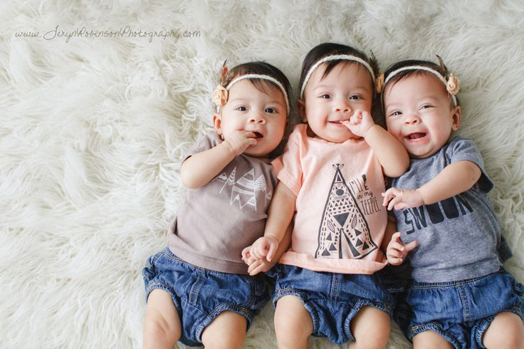 The Printed Palette tees - Teryn Robinson Photography - Mommy Hearts It Monday - identical triplets
