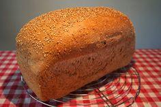 Eenvoudig Leven: Brood Recept voor bruin- en witbrood. RW: Lukt altijd bij mij. ;)
