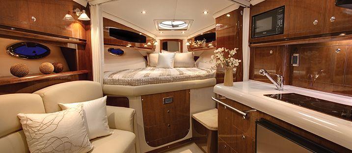 V335 Cruiser Yacht | Overview | Four Winns
