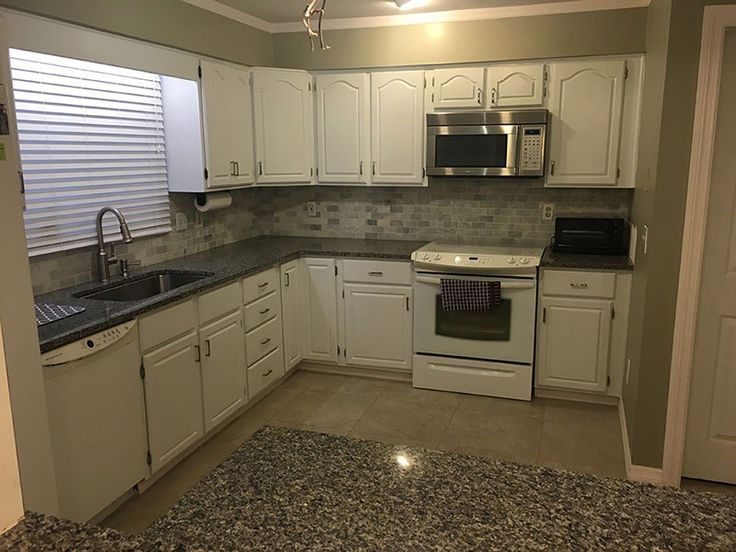 Best 25 Caledonia Granite Ideas On Pinterest Granite Countertops Near Me Grey Granite