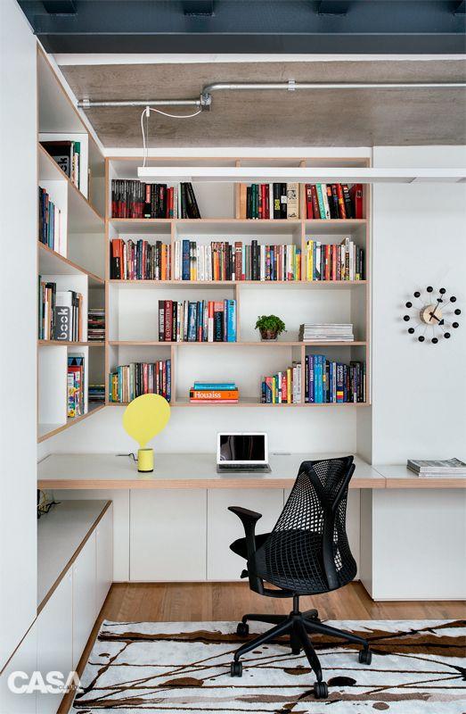 A triplex in sao paulo built in office bureau for Salon workspace