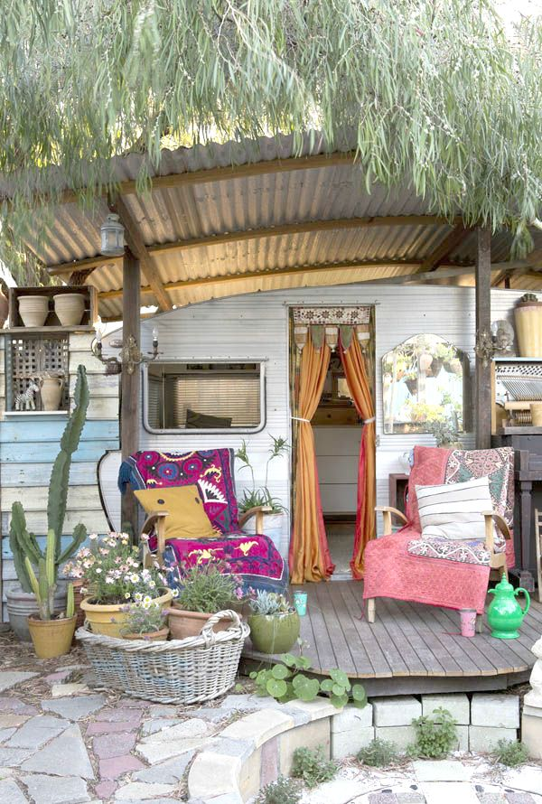 Best Vintage Trailers Ideas On Pinterest Vintage Campers - Old shabby trailer gets one hell makeover