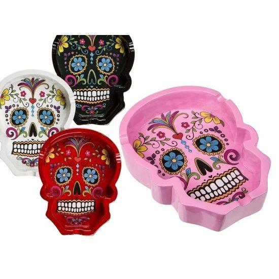 Day of the dead asbak 10 cm. Asbak van de Mexicaanse Day of the dead doodskop. Afmeting ongeveer: 10 cm. Materiaal: Polyresin. In verschillende kleuren.