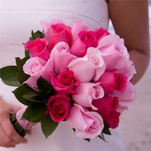 Google Image Result for http://photos.weddingbycolor-nocookie.com/p000006088-m60284-p-photo-173066/Bridal-Bouquet---Pink-and-white.jpg
