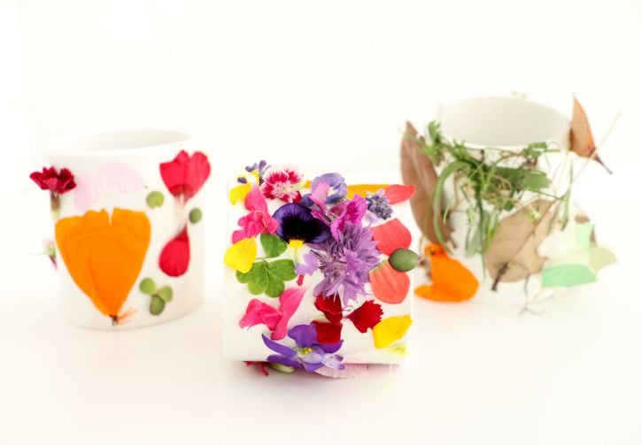 Nature Walk Kids Collage Bracelets - Enjoy nature with the family and let the kids make their own collage bracelets with little bits of nature.