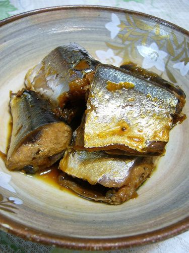 Pacific Saury (Sardines) Cooked in a Pressure Cooker
