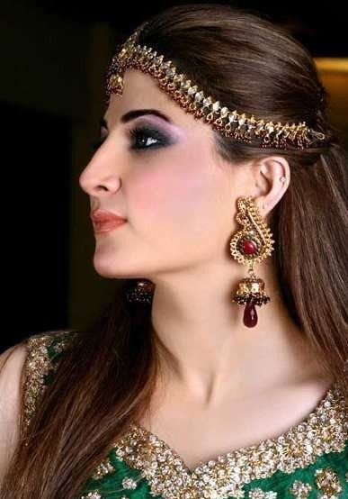Best 25+ Indian Party Hairstyles Ideas On Pinterest