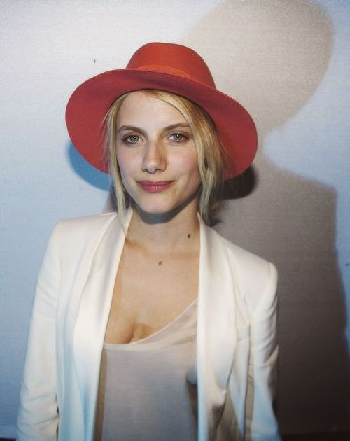 Need a red fedora | This hat...Melanie Laurent