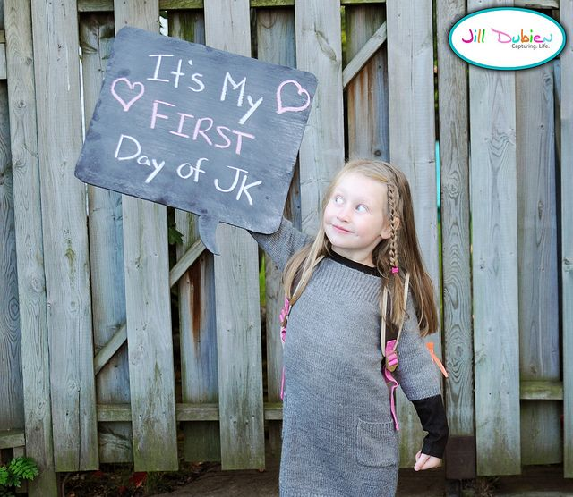 bubble board: Ideas, Chalkboards Photos, Thoughts Bubbles, Chalkboards Painting, Chalkboards Speech, Speech Bubbles, Bubbles Chalkboards, Chalkboards Bubbles, Schools Pictures