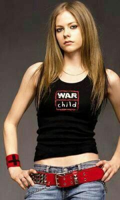 Avril lavigne. Singer & Songwriter ❤ *Avril Lavigne - all for beauty ->>> | https://tpv.sr/1QoBwpn/