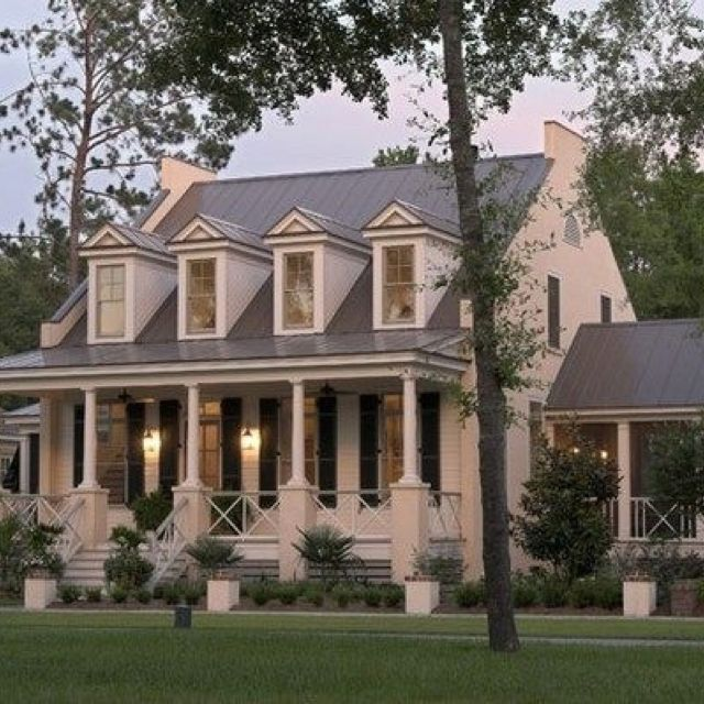 42 best pretty houses images on pinterest brick homes for Southern homes with porches