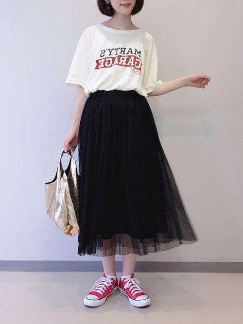 黒のチュールスカートでロゴTを大人っぽく着ました☺︎❤️