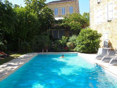 Piscine des chambres d'hôtes à vendre en centre Bergerac en Dordogne