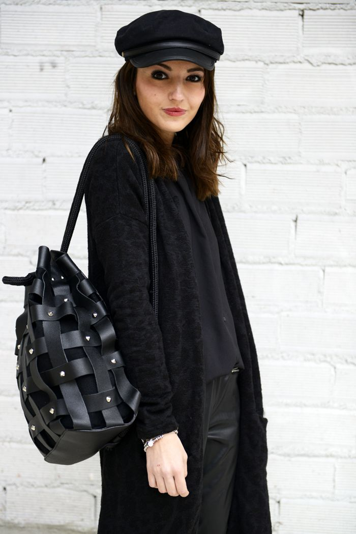The blogger Lovely Pepa Wearing a SALAR Milano Backpack available soon at WWW.FINAEST.COM | #salar #salarmilano #finaest #backpack #lovelypepa #fashion #moda #fashionblogger #black #stylist