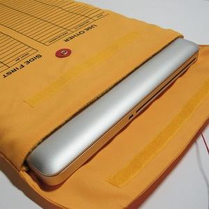 laptop sleeve on the sly: Interoff Laptops, Soft Sleeve, Big Products, Smart Idea, Ipad Sleeve, Laptops Sleeve, Gifts Idea, Macbook Sleeve, Clever Laptops