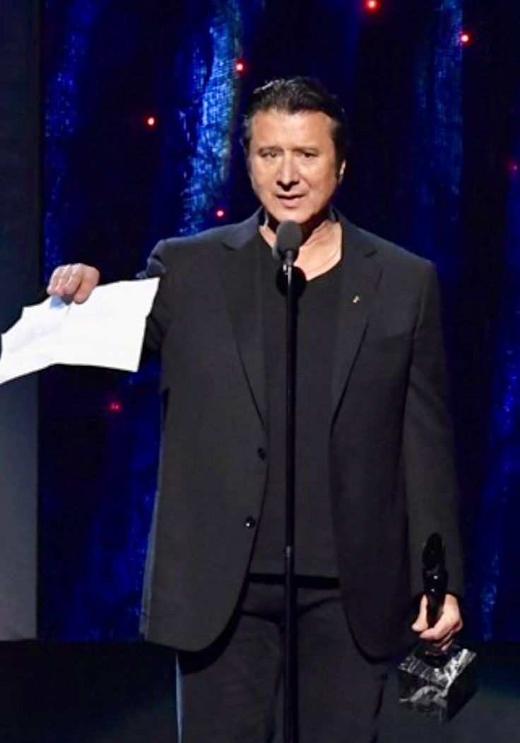 Steve Perry, Rock & Roll Hall of Fame ceremony, 4/7/17.  Wanted to hear his beautiful voice but he didn't perform.