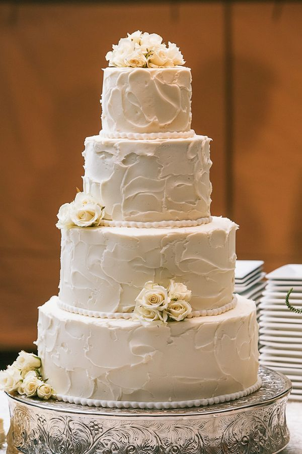 wedding cake with frosting | Classic Round Wedding Cake With Textured Frosting - Elizabeth Anne ...