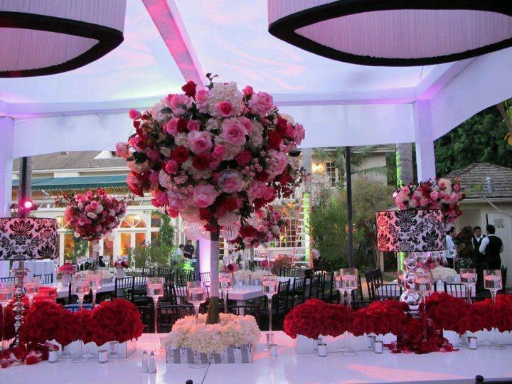 Kevin Lee wedding decor.. I found my wedding planner!!