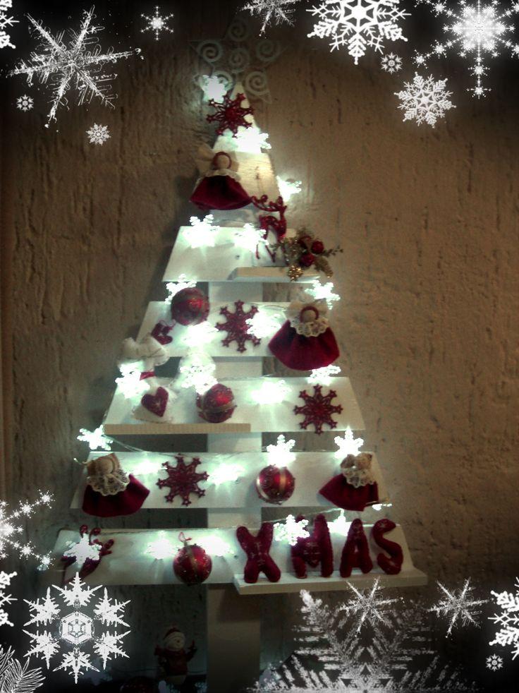 árbol de navidad con palet