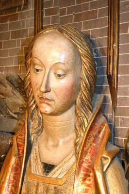 Museo. Tríptico de la Adoración de los Reyes Magos. Detalle. Virgen **
