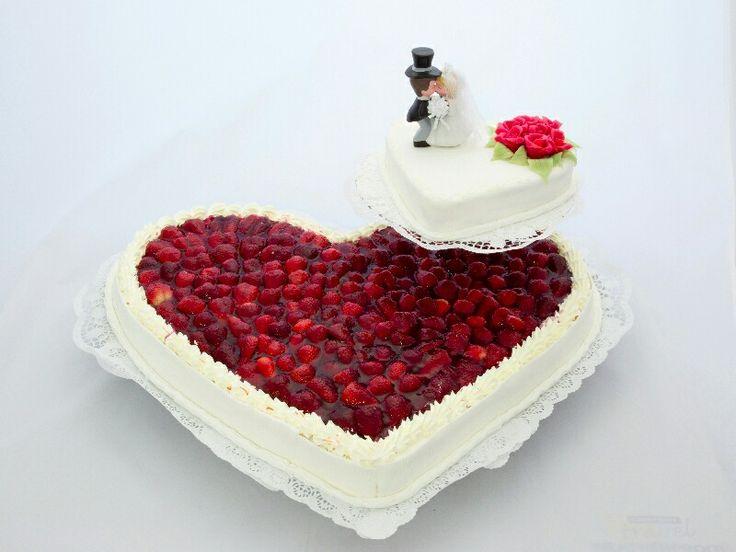 Torte Erdbeerherz