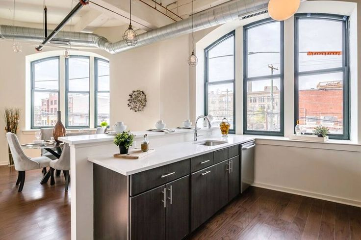 Quaker Commercial Project - AF Bornot Dye Works Lofts in Philadelphia, PA. This project used Quaker aluminum H600 Series and H300 Series windows