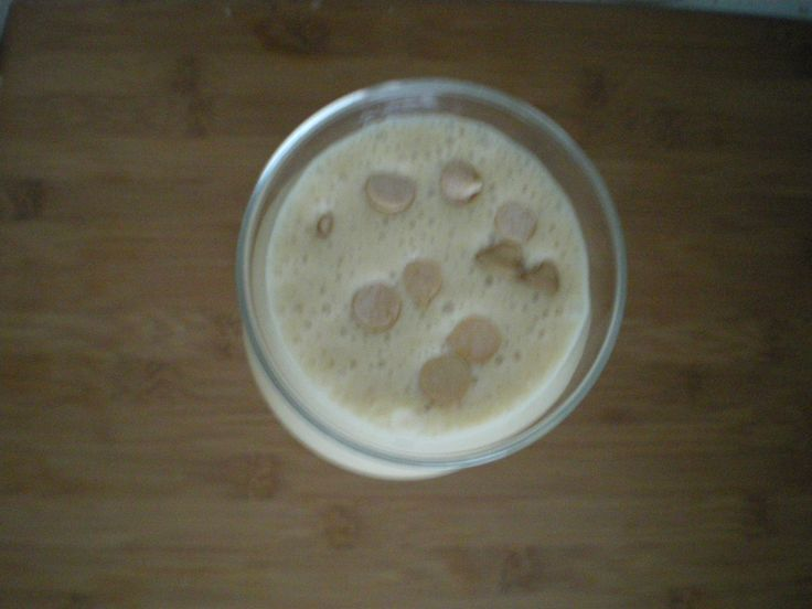 OMB! Oh my banana! Best, easiest smoothie/shake I've made in a long while. Banana Peanut Butter! Awesome!
