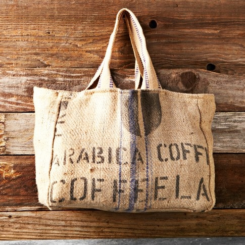 Reversible Burlap Tote- love this, but would rather get the FEED bag because of the cause...
