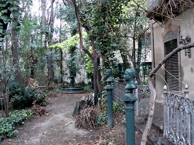 Jardín de Averly, Zaragoza